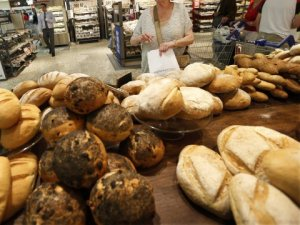 bakery-supermarket-grocery-store-bread