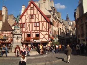 Dijon48